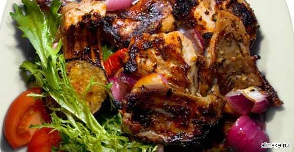 Салат капуста колбаса копченая кукуруза