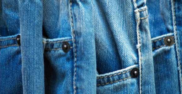 Как сделать дырки и потертости на джинсах